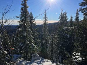 Le mont Ouareau est situé non loin du lac Ouareau proche de la ville de Notre-Dame-de-la-Merci dans la région de Lanaudière